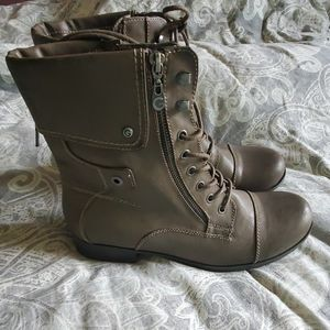 G by Guess combat boots NWOT